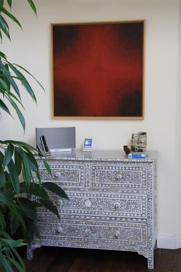 rotes-kreuz-wohnzimmer